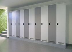 Garderobenschränke Block 2